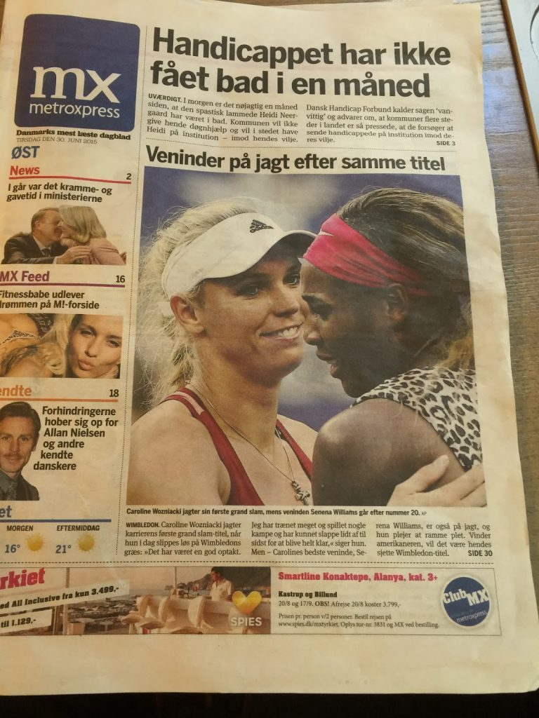 Вучето чете безплатен вестник в градския транспорт и съвсем си изгубва патриотичното чувство