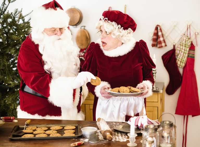 Вучето представя жената до Санта Клаус, а.к.а Дядо Коледа